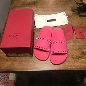 Valentino slipper